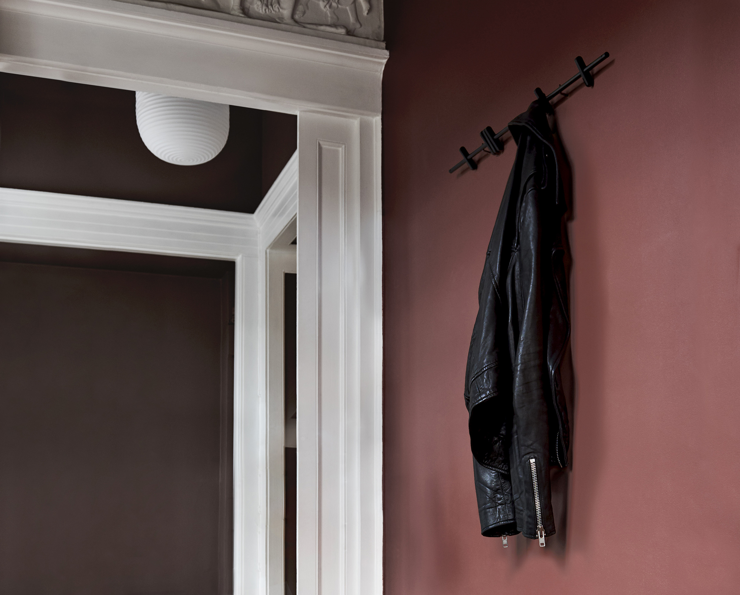 MOEBE_COAT-RACK_IN-CONTEXT_LOW-RES_4.jpg